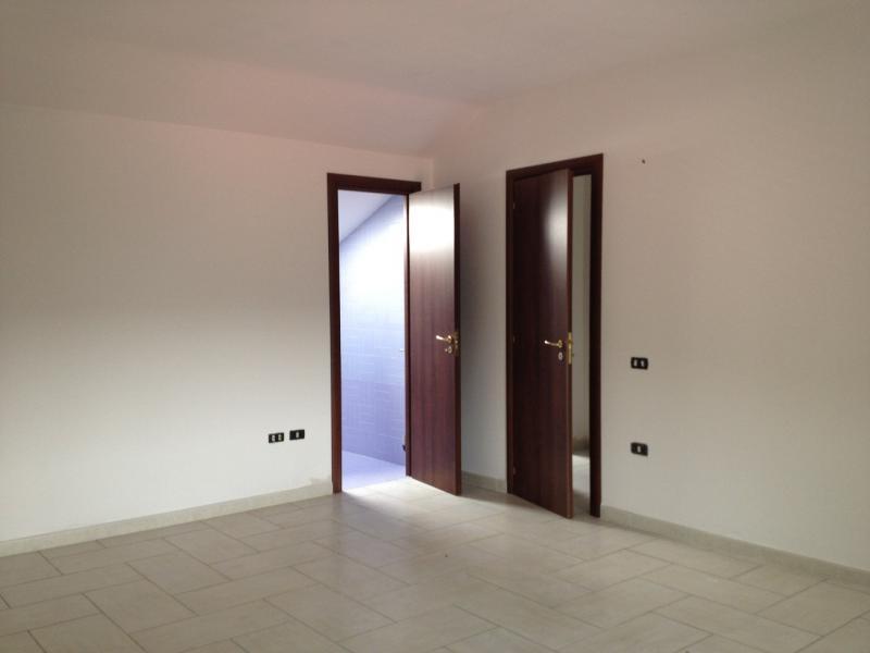 Appartamento in vendita a Pastorano, 4 locali, zona Zona: Pantuliano, prezzo € 65.000   CambioCasa.it