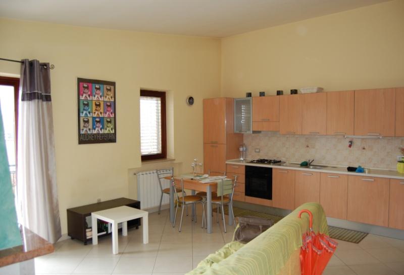 Appartamento in affitto a Monteforte Irpino, 3 locali, zona Zona: Alvanella, prezzo € 380 | Cambio Casa.it