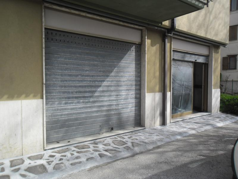 Negozio / Locale in affitto a Mercogliano, 9999 locali, prezzo € 35.000 | CambioCasa.it