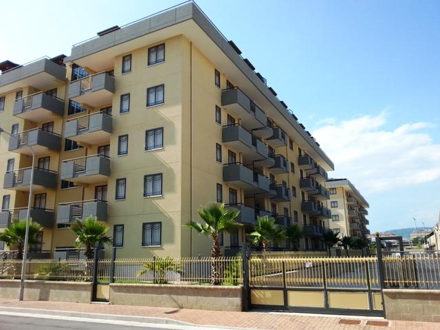 Appartamento in affitto a San Nicola la Strada, 4 locali, zona Località: ExS.Gobain, prezzo € 610 | CambioCasa.it