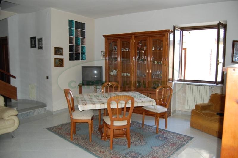 Appartamento in vendita a Contrada, 3 locali, prezzo € 99.000 | Cambio Casa.it