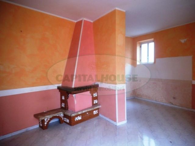 Appartamento in vendita a Sirignano, 3 locali, prezzo € 49.000   CambioCasa.it