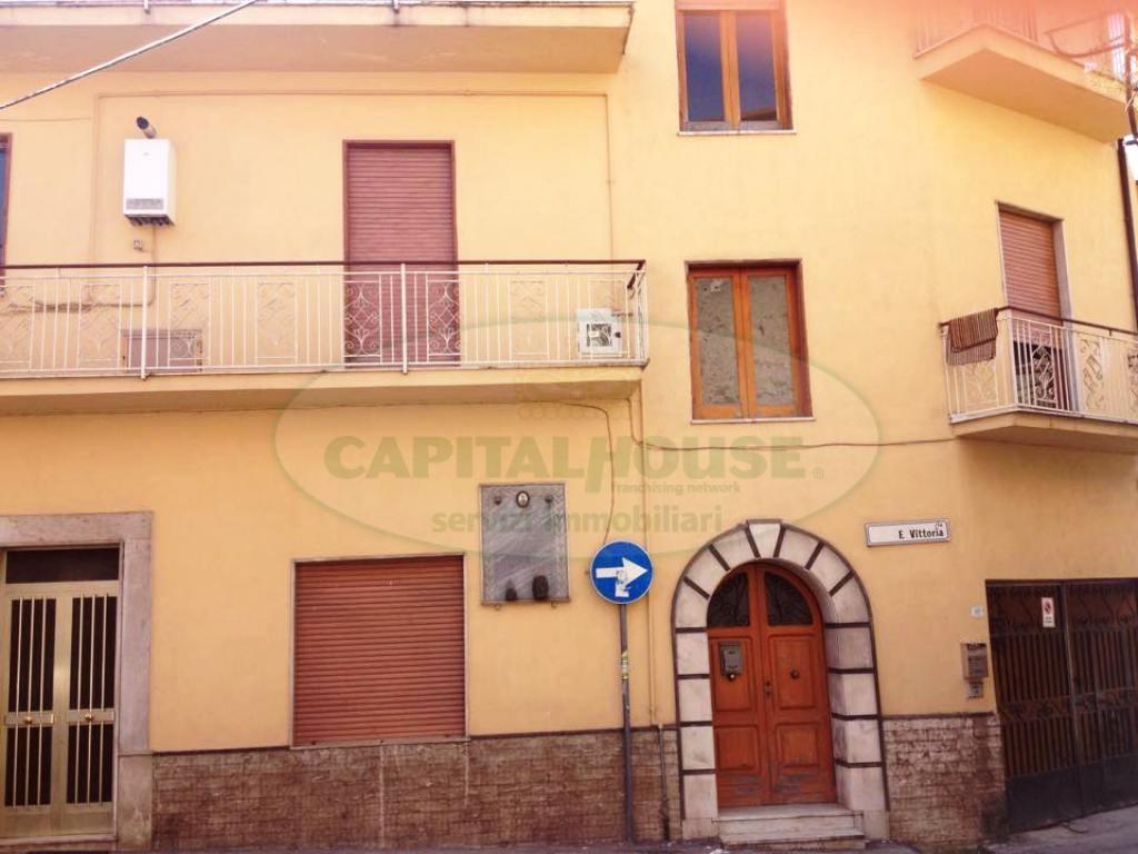 Soluzione Semindipendente in vendita a Avella, 6 locali, prezzo € 73.000 | Cambio Casa.it