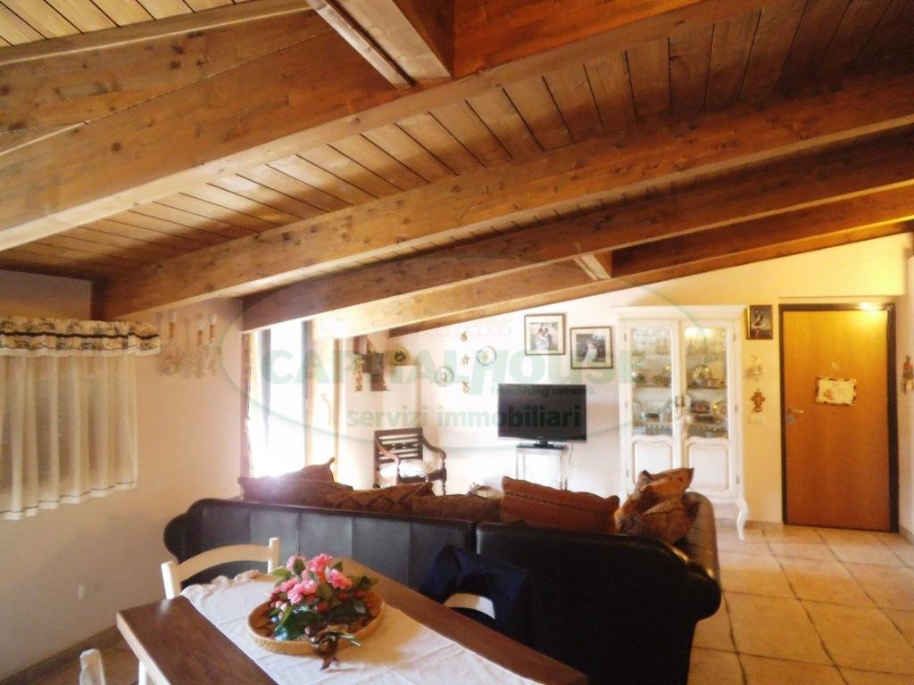 Appartamento in vendita a Quadrelle, 3 locali, prezzo € 110.000 | Cambio Casa.it