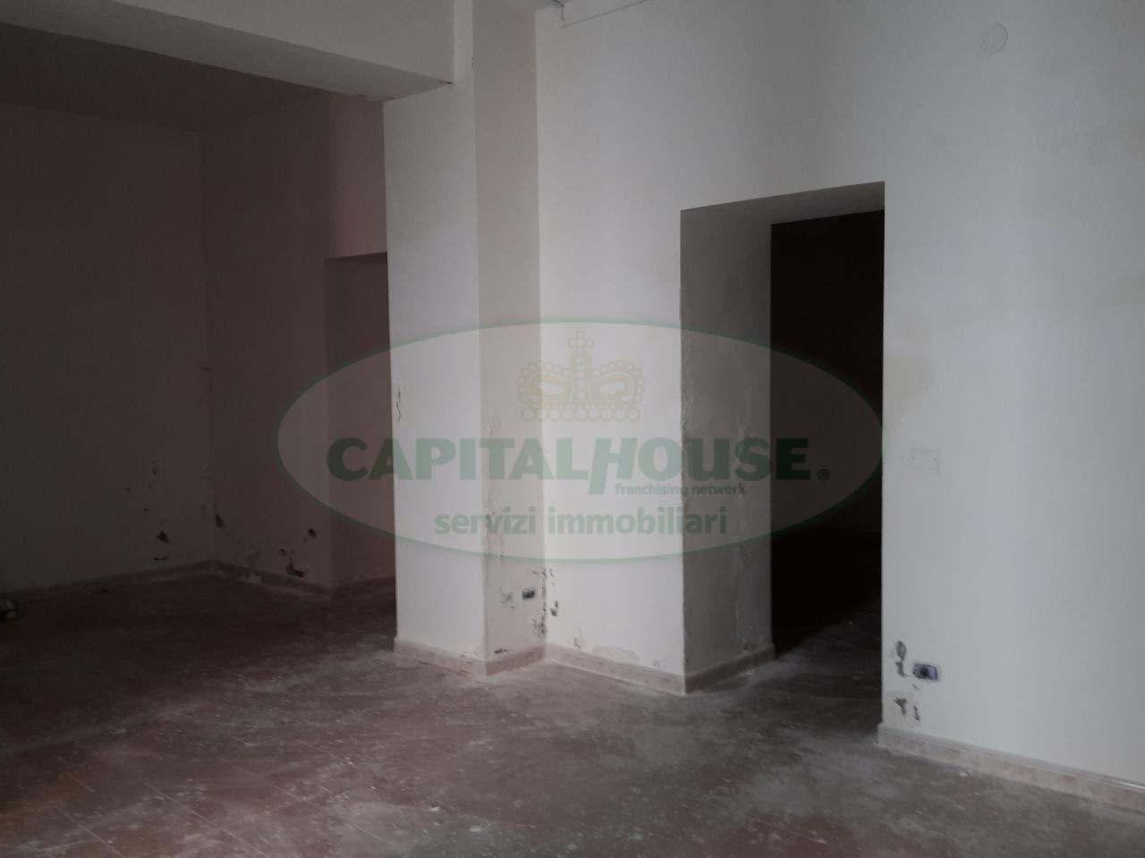 Negozio / Locale in vendita a Recale, 9999 locali, prezzo € 40.000 | Cambio Casa.it