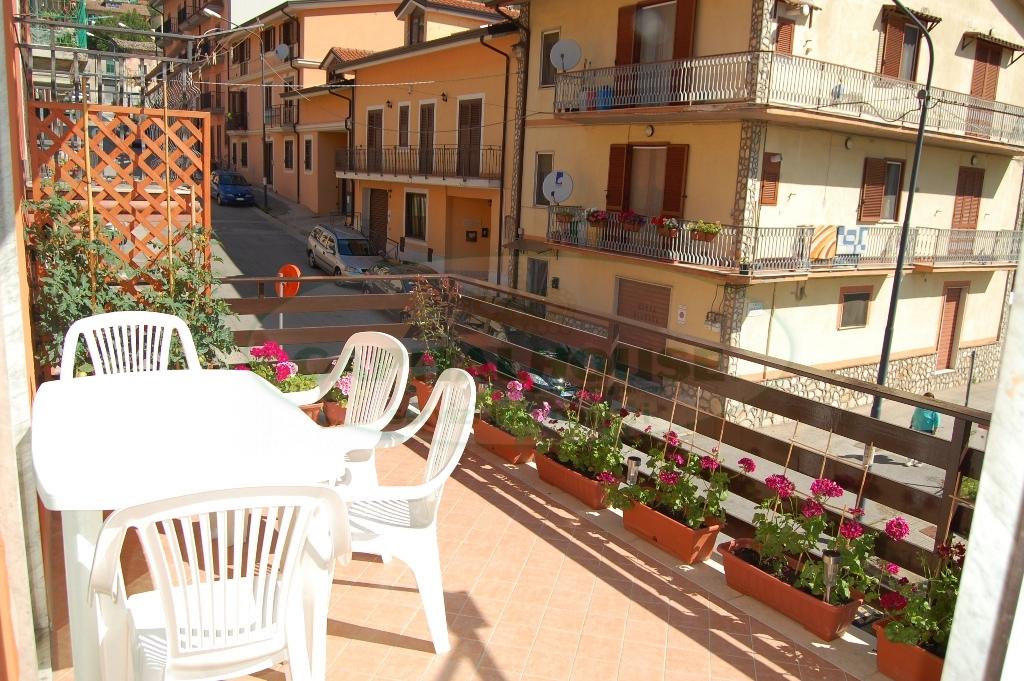 Soluzione Indipendente in affitto a Monteforte Irpino, 3 locali, zona Località: Borgo, prezzo € 350 | Cambio Casa.it