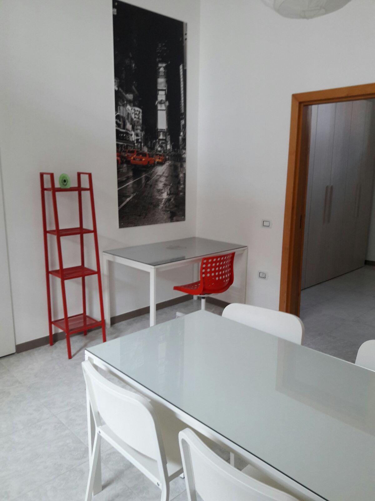 Bilocale affitto caserta via san nicola for Affitto caserta arredato