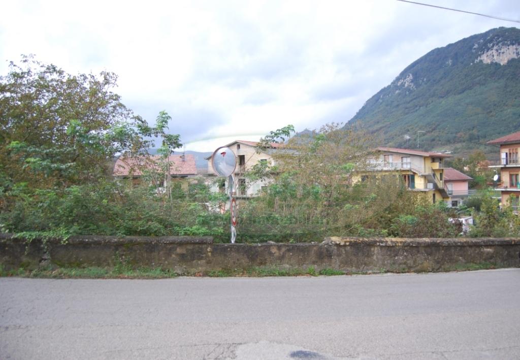 Terreno Agricolo in vendita a Contrada, 9999 locali, prezzo € 10.000   Cambio Casa.it
