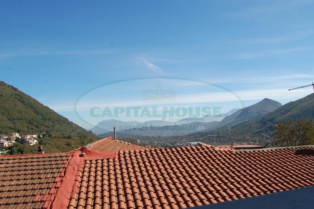 Soluzione Indipendente in vendita a Monteforte Irpino, 4 locali, zona Località: Portella, prezzo € 80.000   Cambio Casa.it