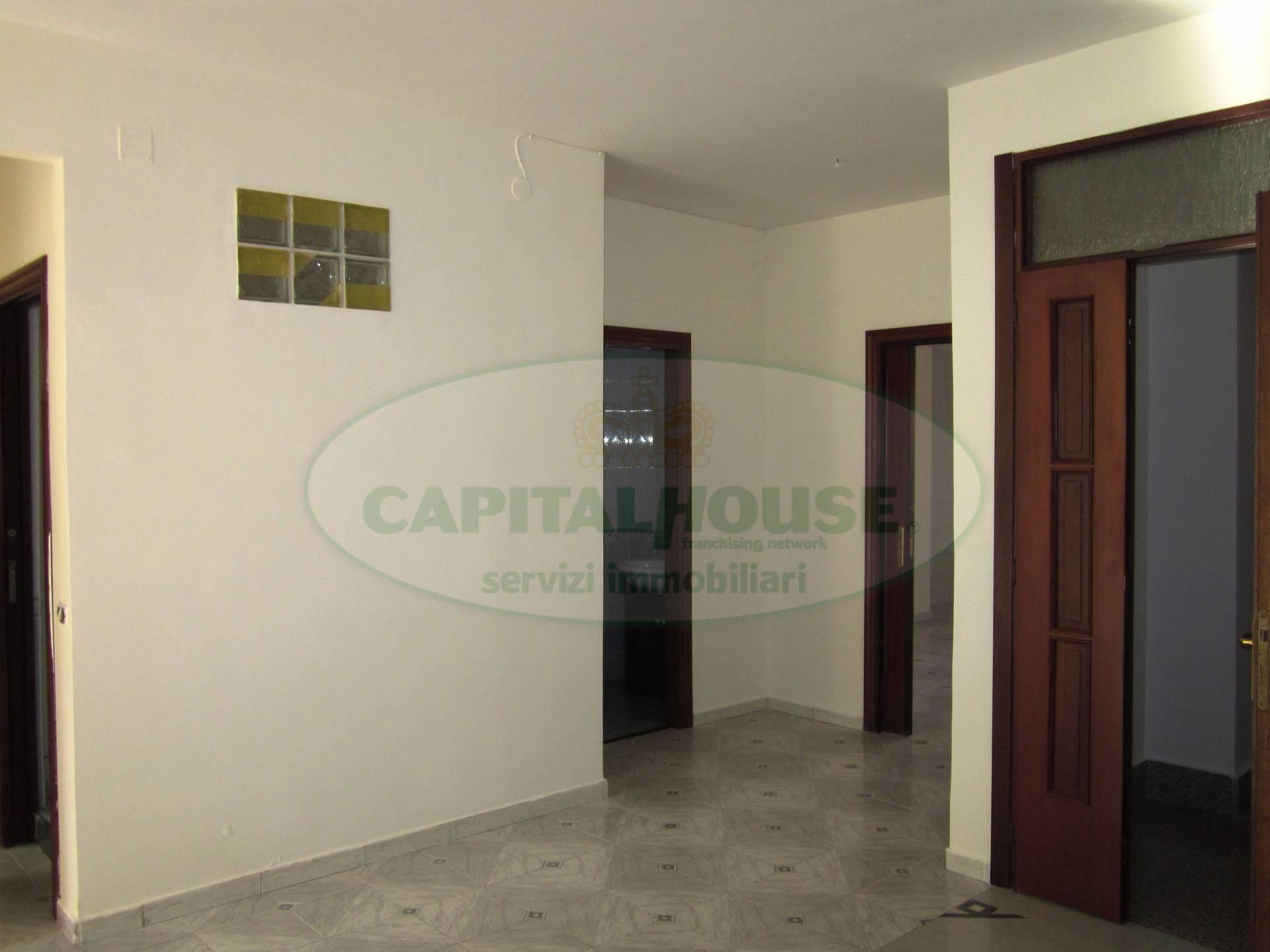 Appartamento in vendita a San Nicola la Strada, 6 locali, prezzo € 105.000 | Cambio Casa.it