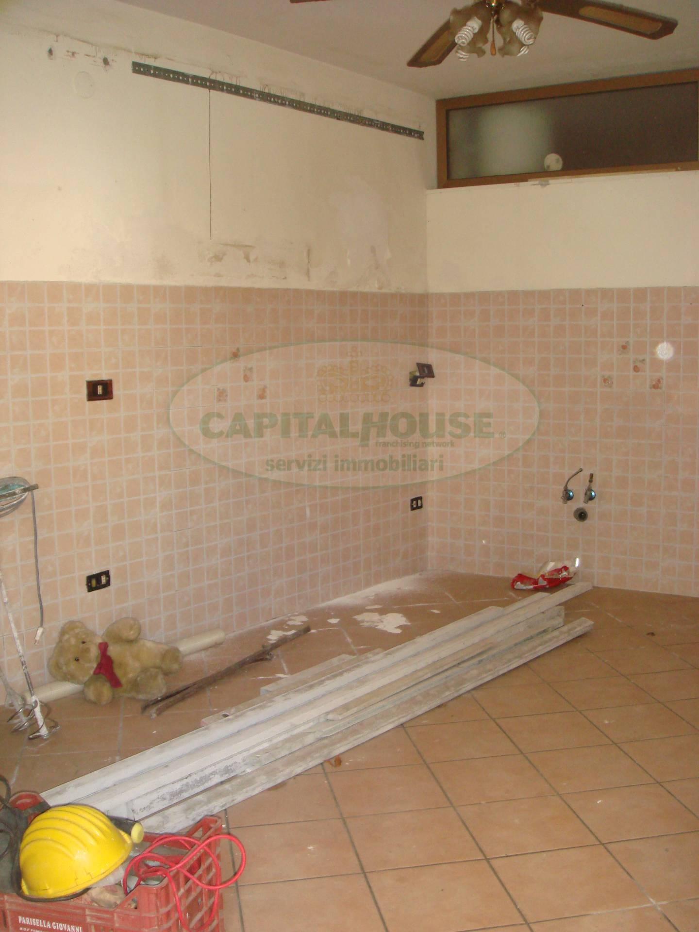 Appartamento in vendita a San Tammaro, 4 locali, prezzo € 39.000 | Cambio Casa.it