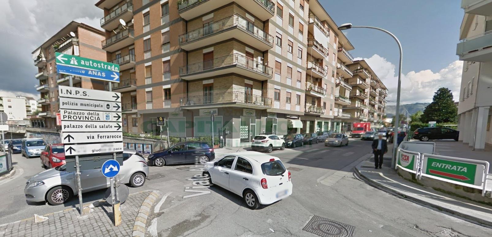 Box / Garage in affitto a Caserta, 9999 locali, zona Località: Lincoln, prezzo € 80 | CambioCasa.it