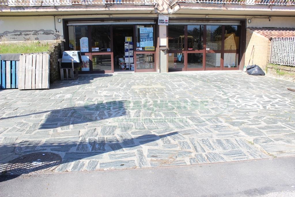 Negozio / Locale in Vendita a Monteforte Irpino