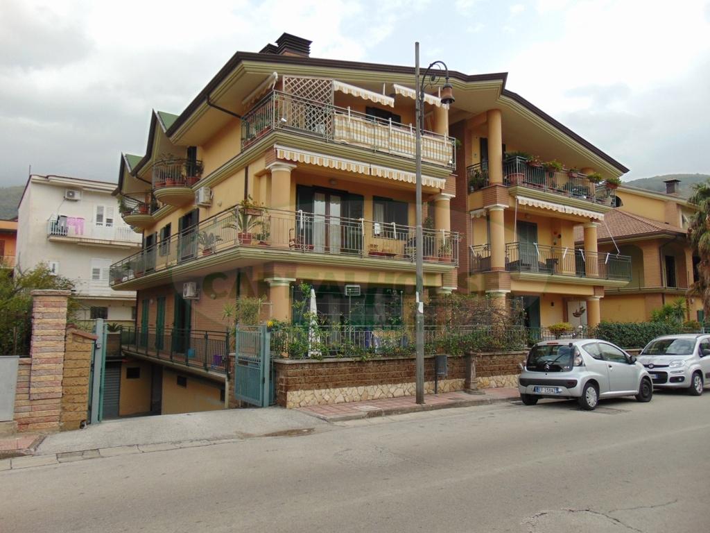 Appartamento in affitto a Quadrelle, 3 locali, prezzo € 400 | Cambio Casa.it