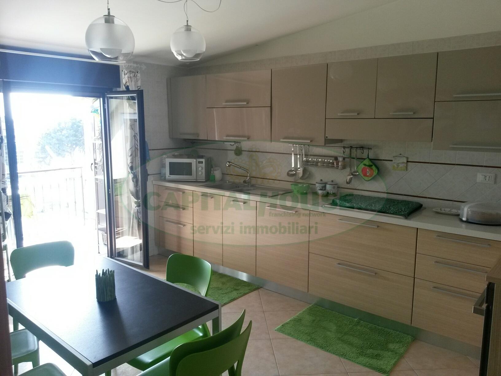 Attico / Mansarda in vendita a Portico di Caserta, 3 locali, prezzo € 119.000 | Cambio Casa.it