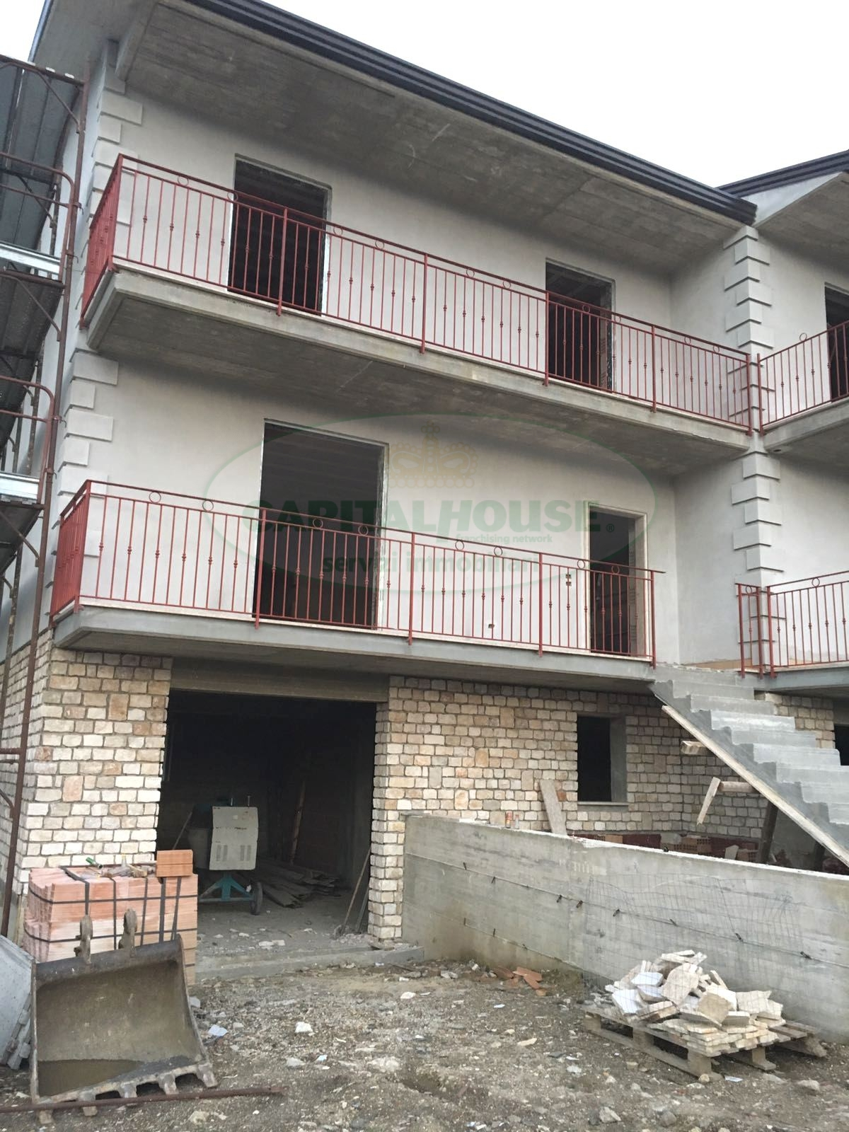 Villa a Schiera in vendita a Santo Stefano del Sole, 4 locali, prezzo € 175.000 | CambioCasa.it