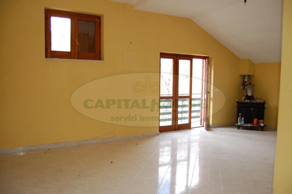 Attico / Mansarda in affitto a Monteforte Irpino, 3 locali, zona Località: AldoMoro, prezzo € 350 | Cambio Casa.it