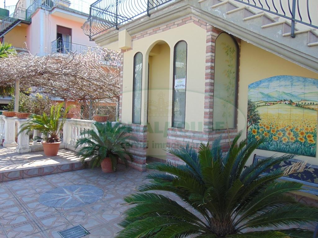 Appartamento in affitto a Sirignano, 3 locali, prezzo € 450 | Cambio Casa.it