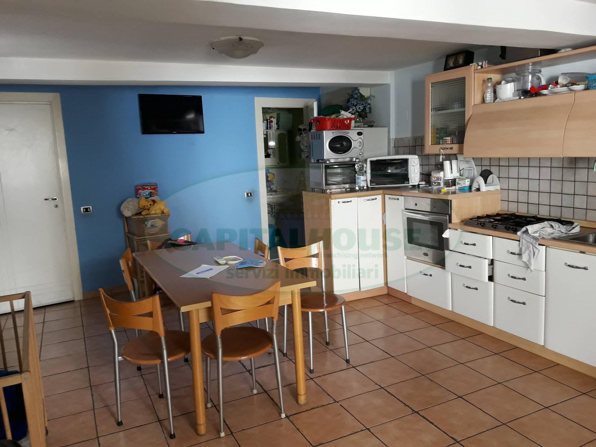 Soluzione Semindipendente in vendita a Macerata Campania, 3 locali, prezzo € 40.000 | Cambio Casa.it