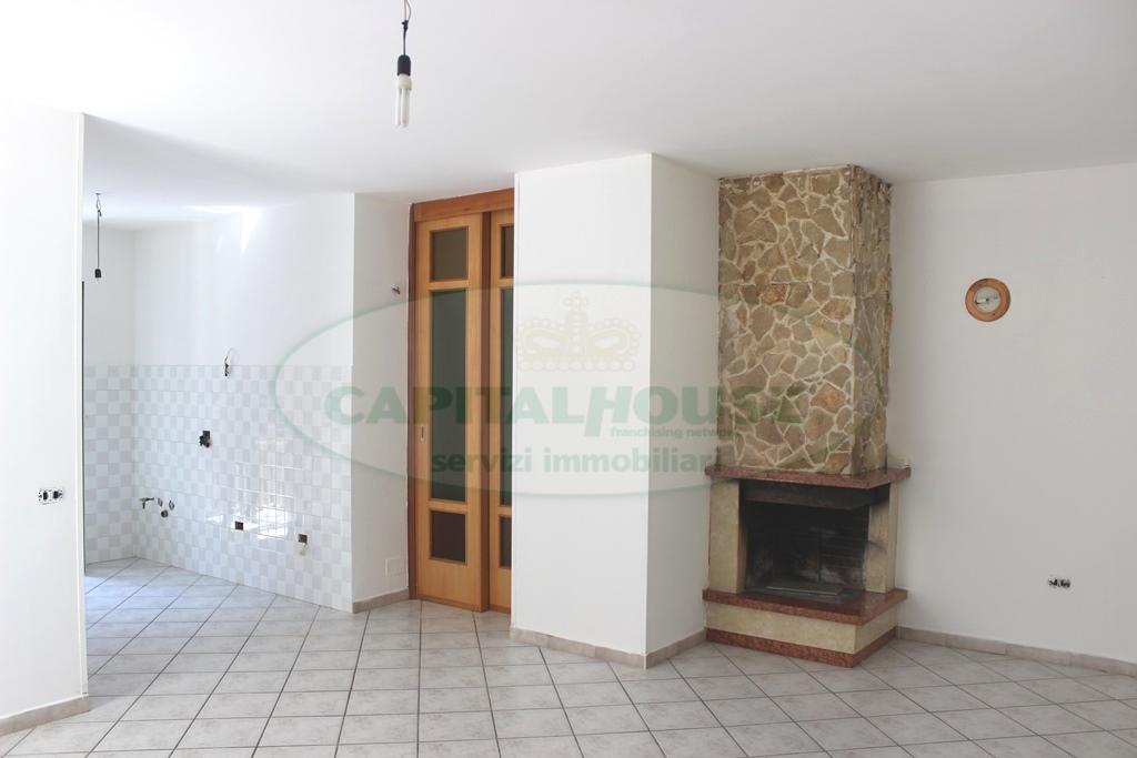 Appartamento in vendita a Monteforte Irpino, 3 locali, zona Località: Campi, prezzo € 40.000 | Cambio Casa.it