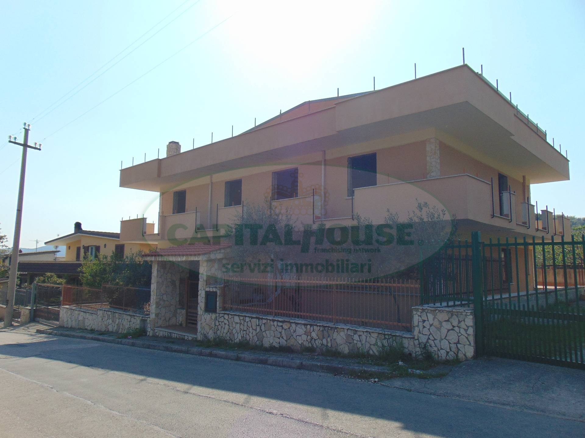 Appartamento in vendita a Avella, 11 locali, prezzo € 228.000   Cambio Casa.it