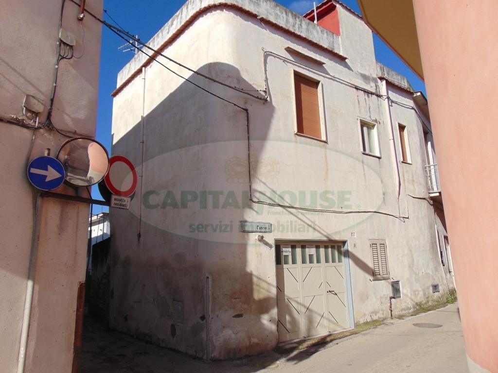 Soluzione Semindipendente in affitto a Avella, 3 locali, prezzo € 400 | CambioCasa.it