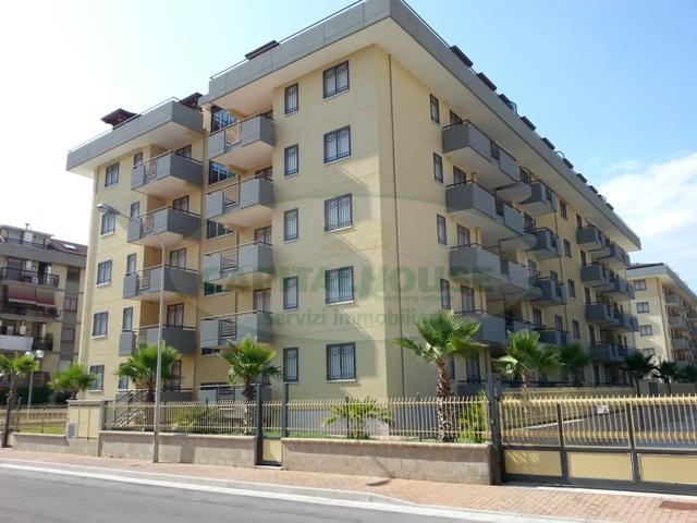 Appartamento in affitto a San Nicola la Strada, 3 locali, zona Località: ExS.Gobain, prezzo € 530 | Cambio Casa.it