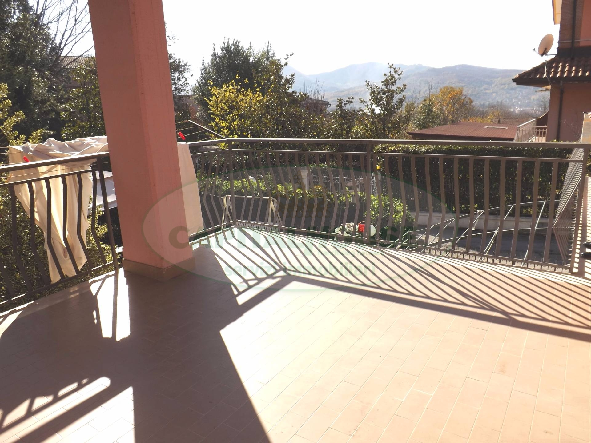 Villa in vendita a Santo Stefano del Sole, 5 locali, prezzo € 190.000 | CambioCasa.it