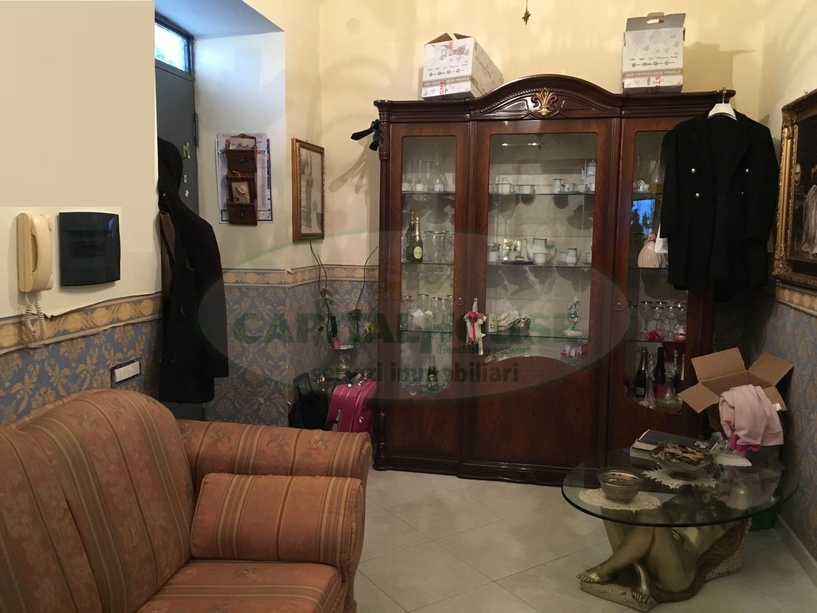 Appartamento in affitto a Afragola, 2 locali, zona Località: ZonaS.Anna, prezzo € 350 | CambioCasa.it