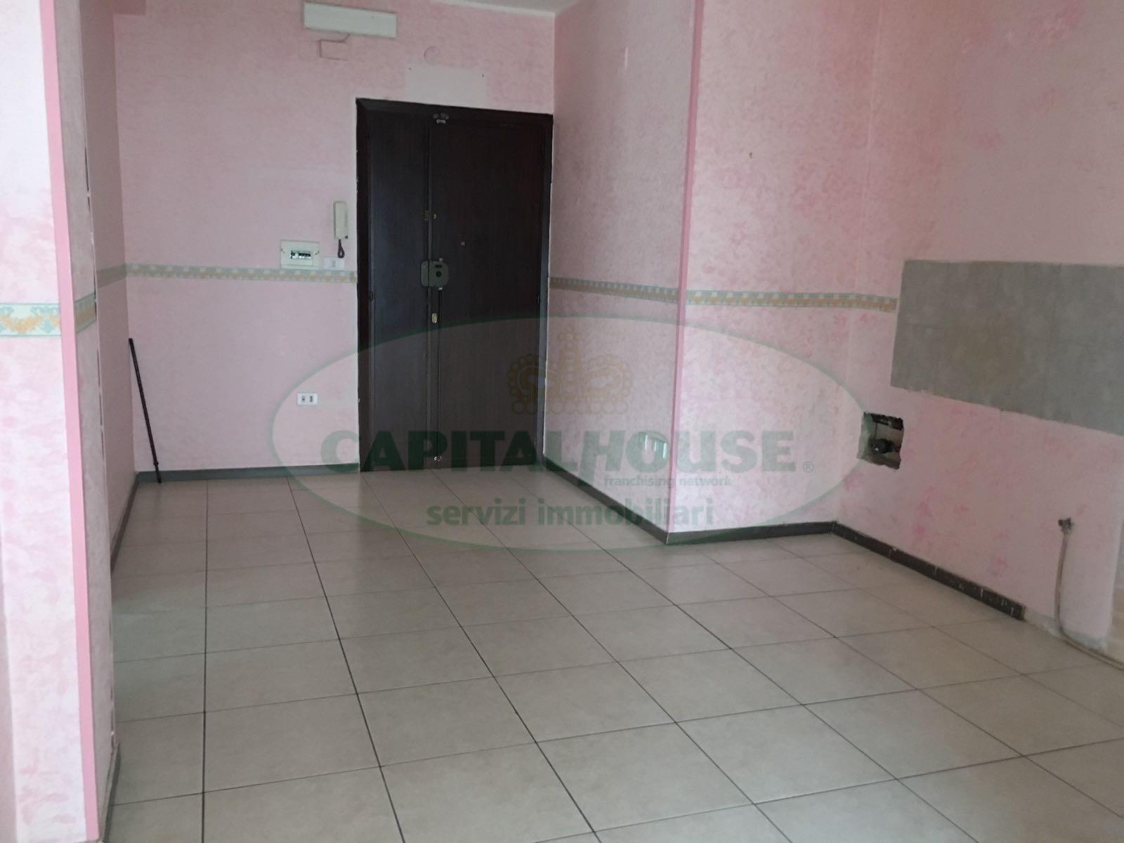 Appartamento in affitto a Afragola, 2 locali, zona Località: ZonaSanMarco, prezzo € 360   CambioCasa.it