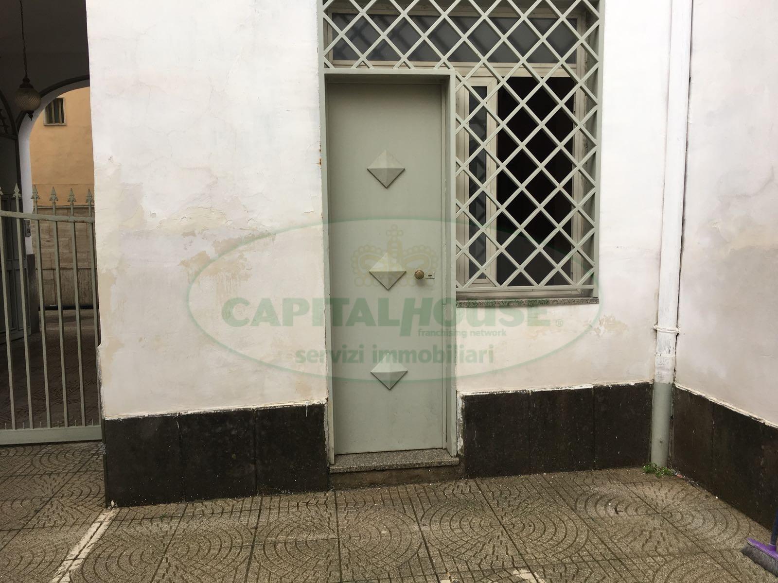 Appartamento in affitto a Afragola, 1 locali, prezzo € 200   CambioCasa.it