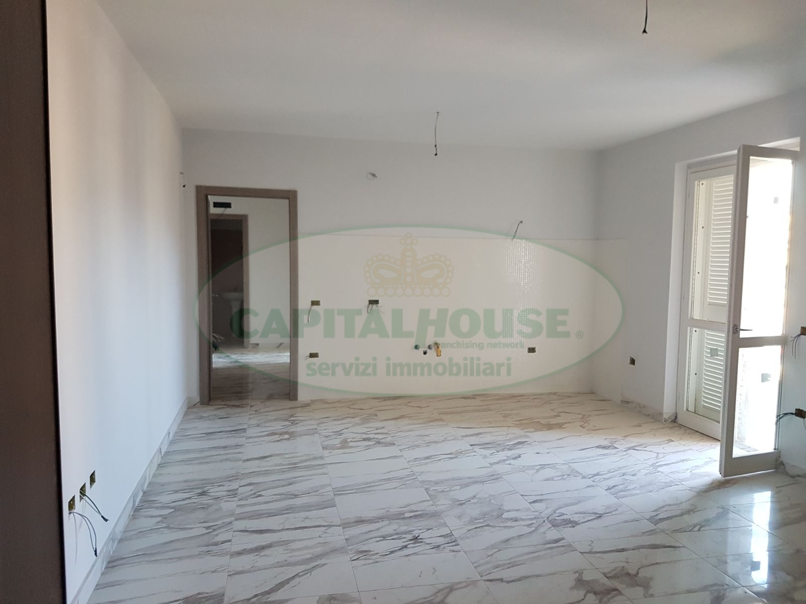 vendita appartamento caserta lincoln  210000 euro  3 locali  90 mq