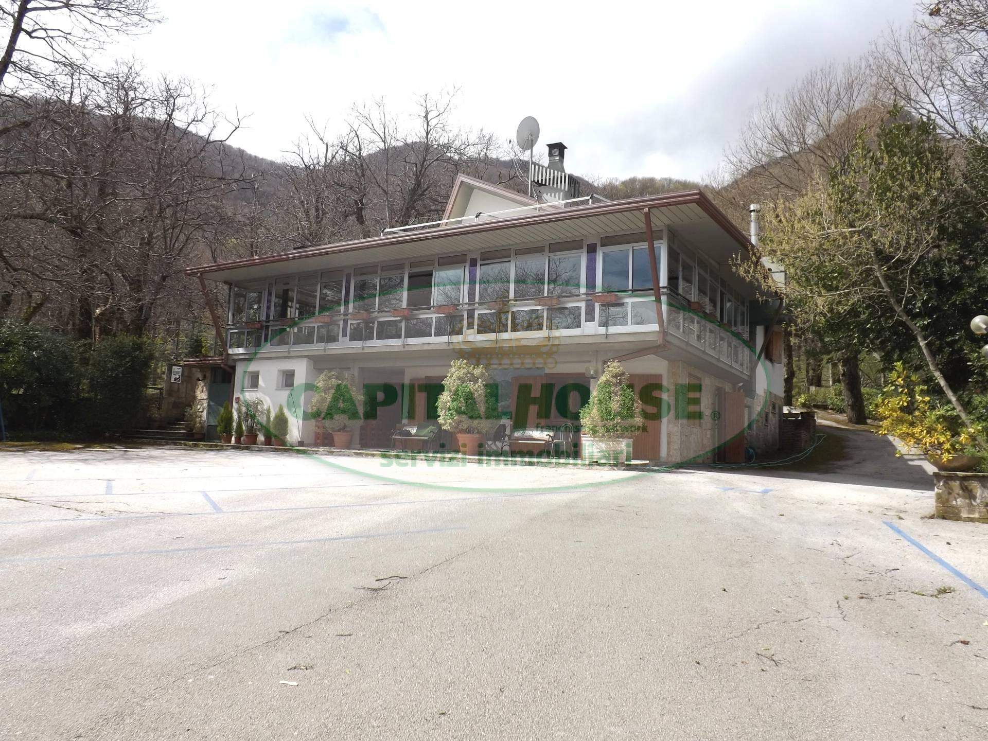 Negozio / Locale in vendita a Serino, 9999 locali, prezzo € 180.000 | CambioCasa.it