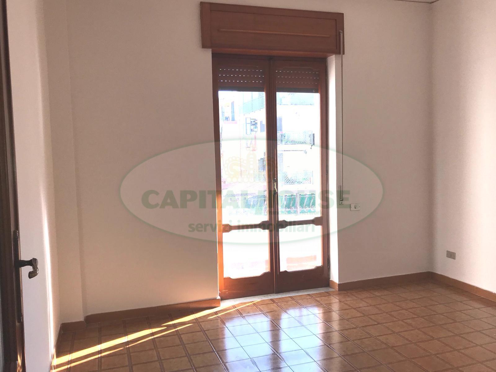 Appartamento in affitto a San Nicola la Strada, 4 locali, prezzo € 450 | CambioCasa.it