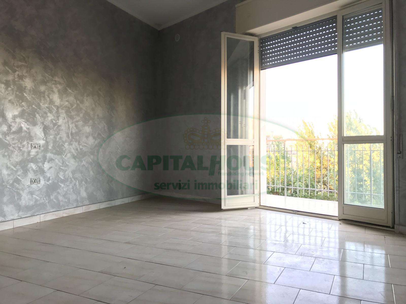 Appartamento in affitto a Afragola, 3 locali, zona Località: ZonaSanMarco, prezzo € 390 | CambioCasa.it