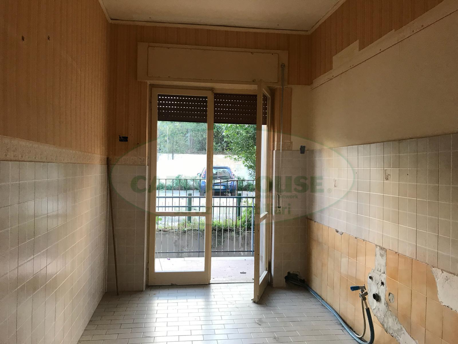 Appartamento in affitto a Afragola, 3 locali, zona Località: CorsoVittorioEmanuele, prezzo € 370 | CambioCasa.it