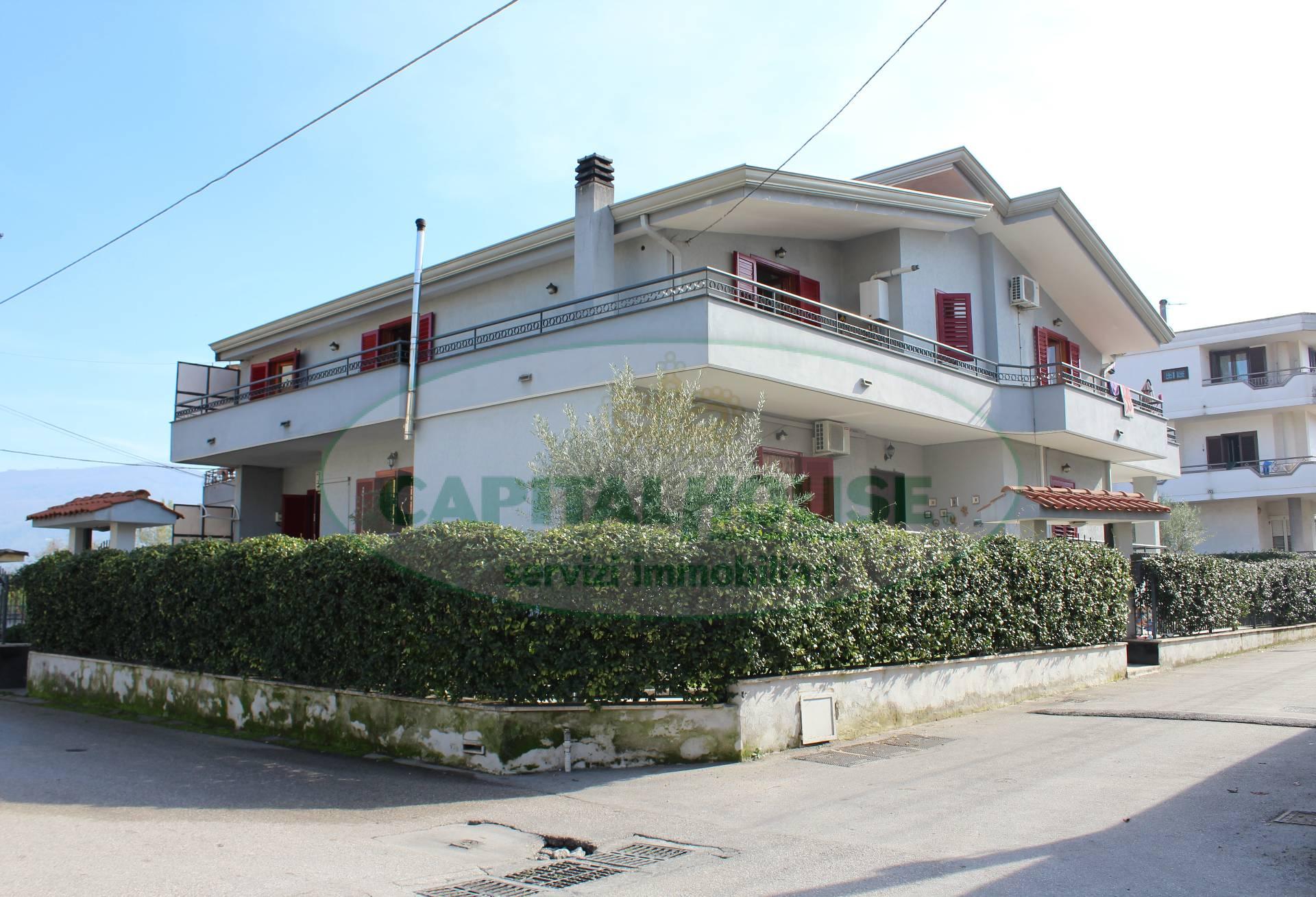 Villa in vendita a San Gennaro Vesuviano, 6 locali, prezzo € 485.000 | CambioCasa.it