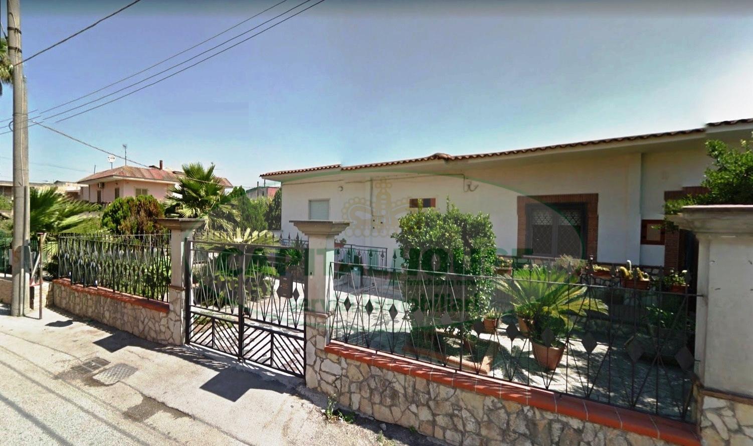 Soluzione Indipendente in vendita a San Gennaro Vesuviano, 3 locali, prezzo € 115.000 | CambioCasa.it