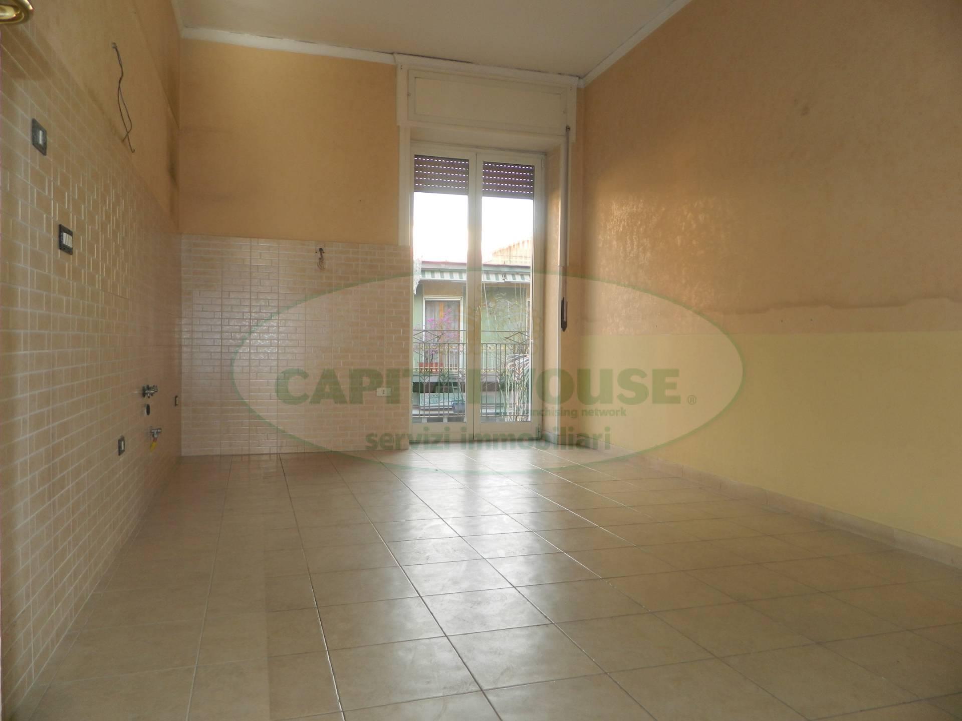 Appartamento in vendita a Afragola, 3 locali, zona Località: ViaDeGasperi, prezzo € 140.000 | CambioCasa.it