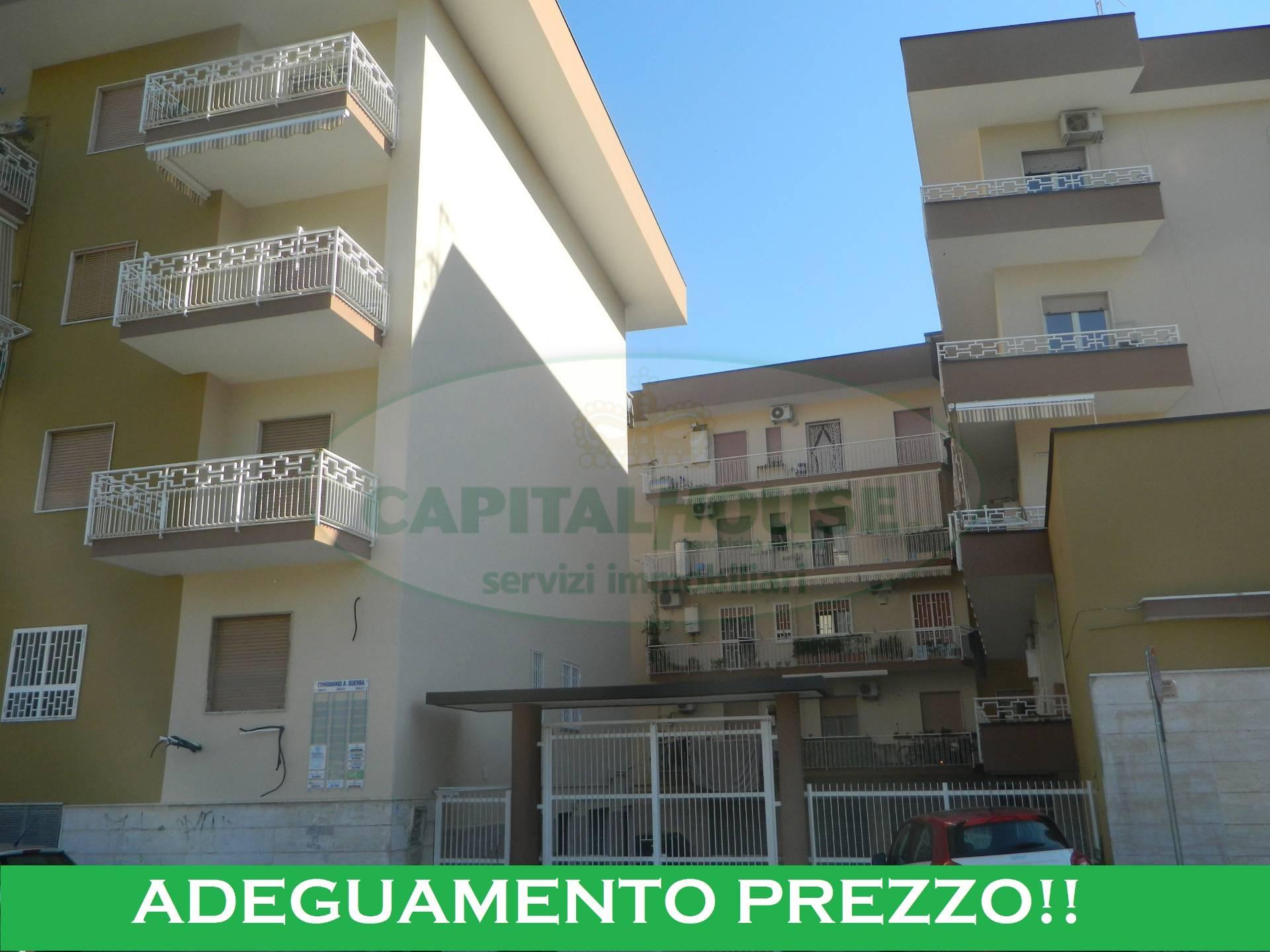 Appartamento in vendita a Afragola, 4 locali, zona Località: ViaOberdan, prezzo € 165.000 | CambioCasa.it