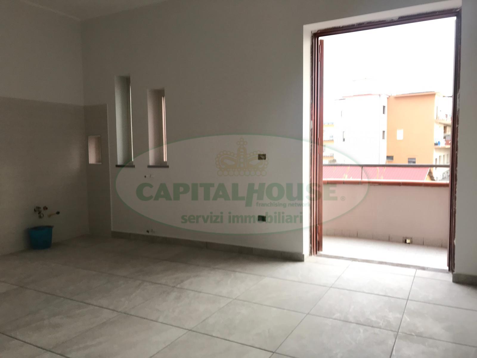 Appartamento in affitto a Afragola, 3 locali, zona Località: ZonaSanMichele, prezzo € 500 | CambioCasa.it