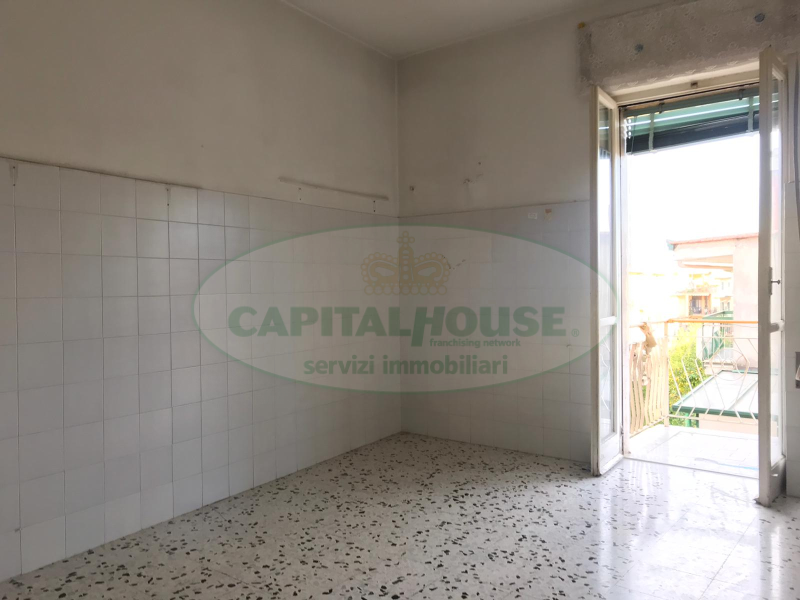 Appartamento in affitto a Afragola, 3 locali, zona Località: ZonaAmendola, prezzo € 450 | CambioCasa.it