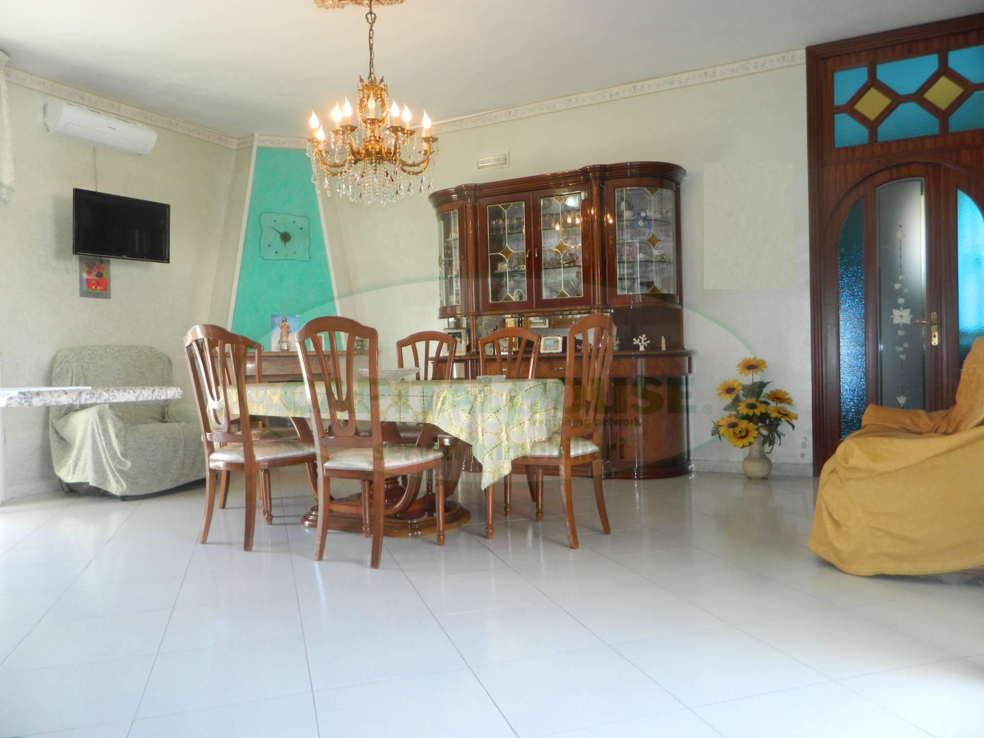 Appartamento in vendita a Afragola, 3 locali, zona Località: ZonaAmendola, prezzo € 155.000 | CambioCasa.it