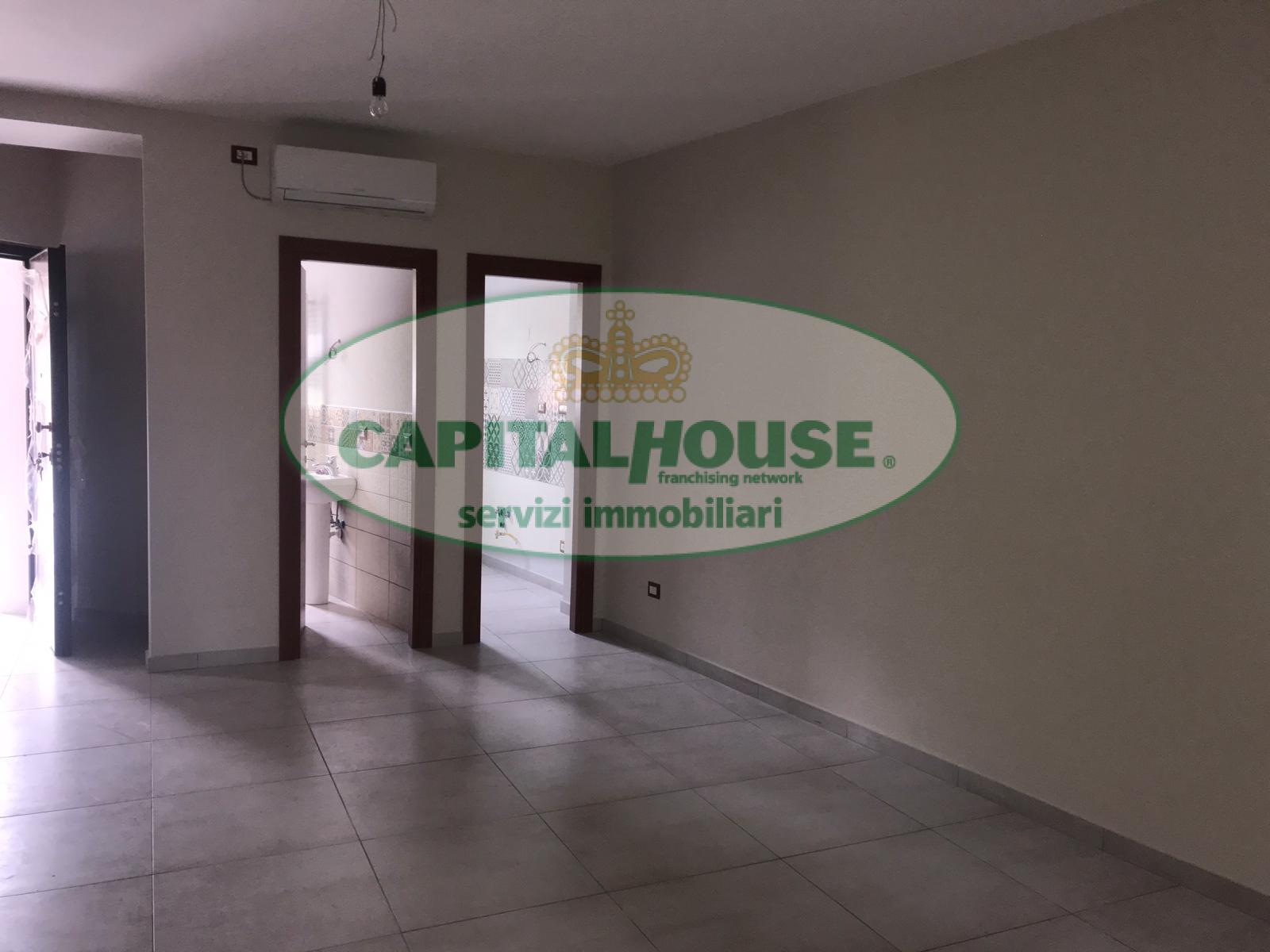 Appartamento, 70 Mq, Affitto - Caserta (Caserta)