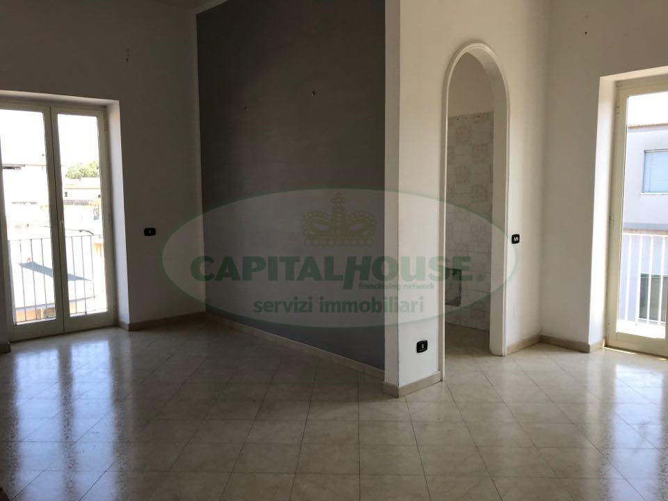 Appartamento in affitto a Afragola, 4 locali, zona Località: Centro, prezzo € 400   CambioCasa.it