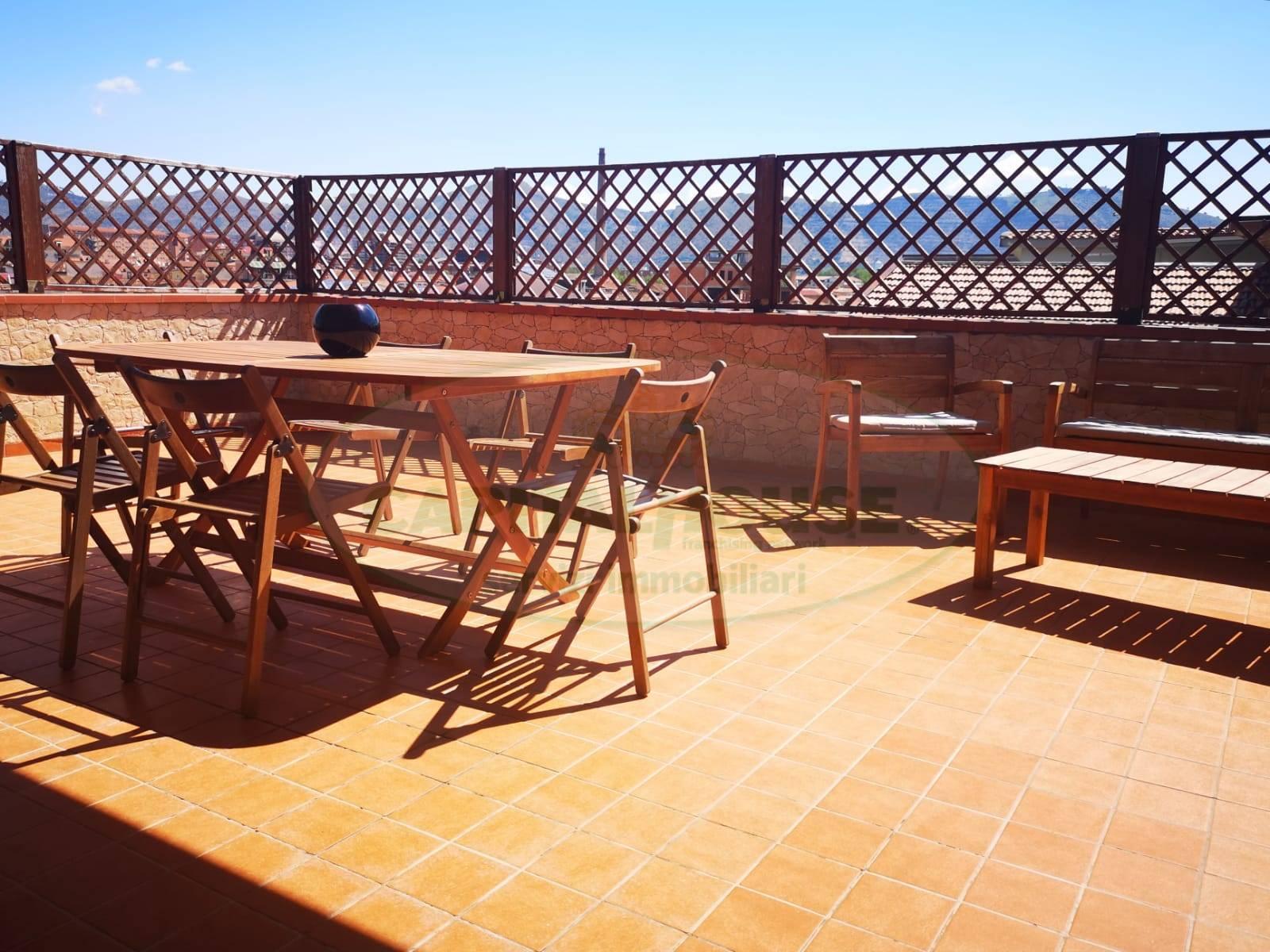 Appartamento in vendita a San Nicola la Strada, 3 locali, prezzo € 145.000 | CambioCasa.it