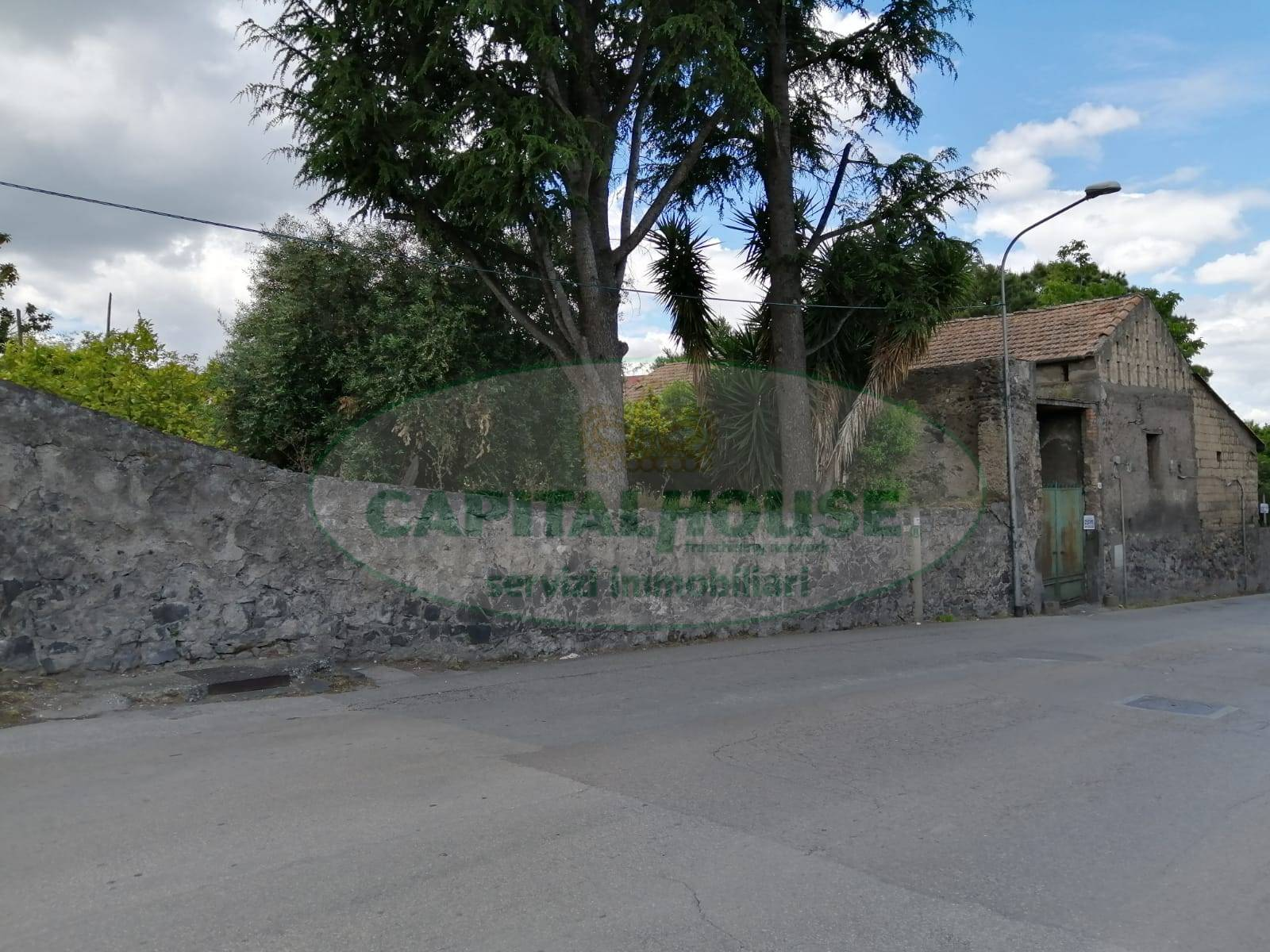 Rustico / Casale in affitto a Ottaviano, 4 locali, Trattative riservate | CambioCasa.it