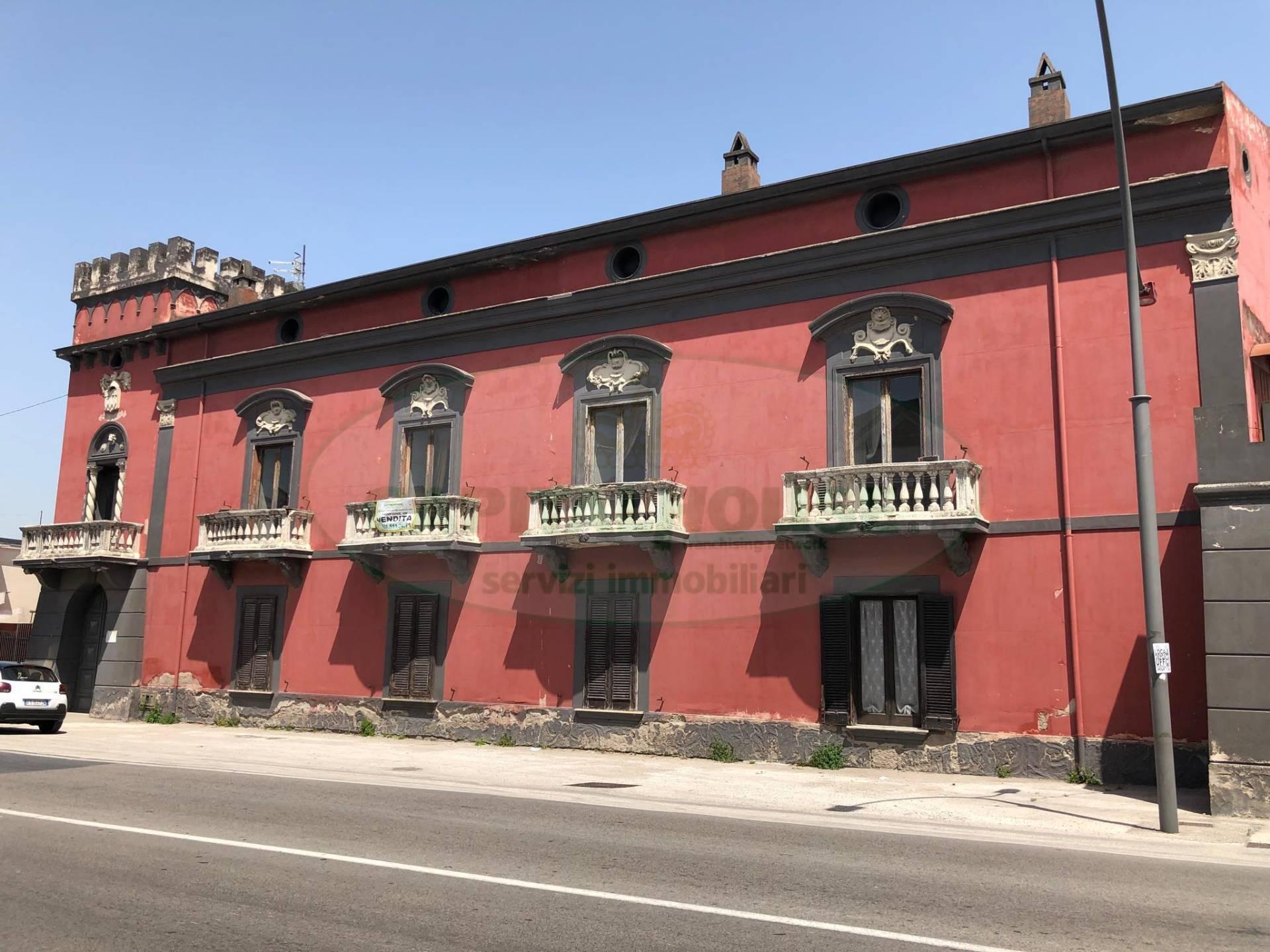 Rustico / Casale in vendita a Tufino, 10 locali, Trattative riservate | CambioCasa.it