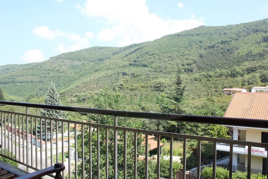 Appartamento in vendita a Monteforte Irpino, 2 locali, zona Località: Campi, prezzo € 37.000   CambioCasa.it