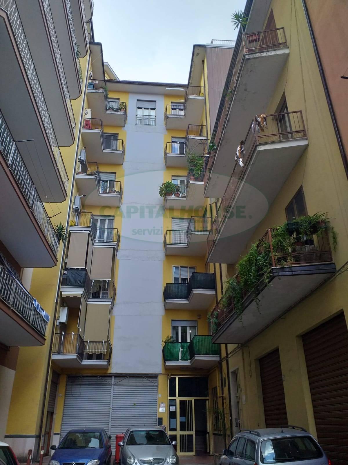 Appartamento in vendita a Avellino, 3 locali, zona Zona: Centro, prezzo € 110.000 | CambioCasa.it